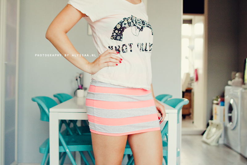 Outfit of the day: neon stripes * ALYSSAA.NL